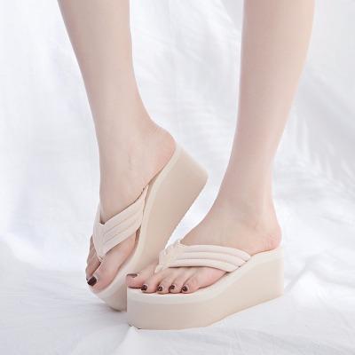 高跟人字拖女夏夹脚坡跟厚底外穿凉拖鞋时尚超高跟韩版防滑沙滩鞋